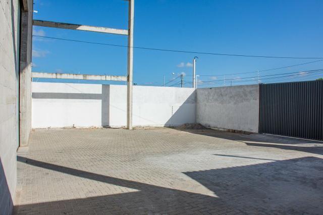 Alugo Galpão próximo a Av. Olavo Montenegro - Nova Parnamirim - Foto 2
