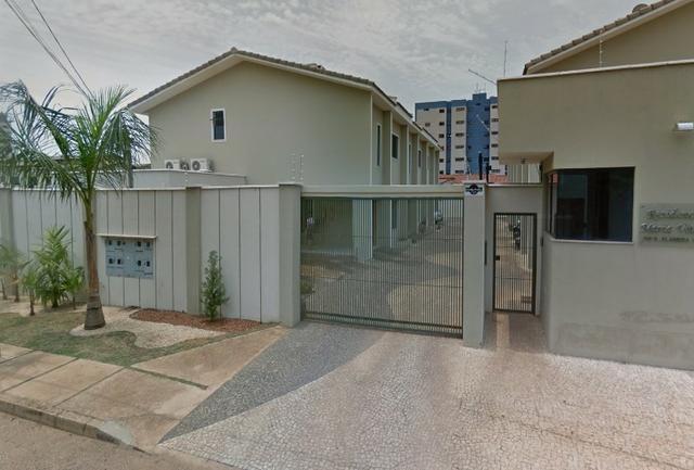 110N - Sobrado em condomínio - Proprietário - Quintal Grande