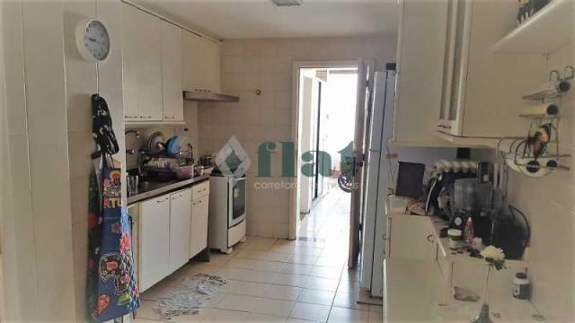 Apartamento à venda com 3 dormitórios cod:FLCO30009 - Foto 17