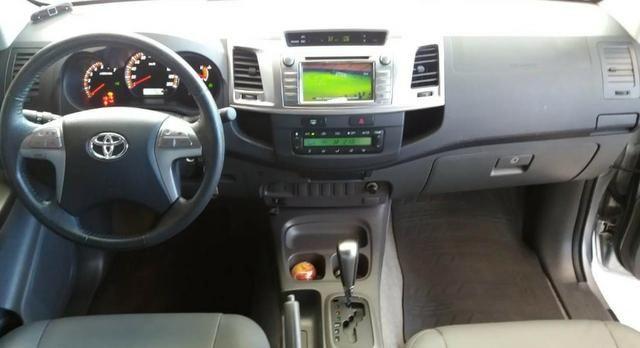 Toyota Hilux CD 4X2 Srv 2.7 Aut - Foto 7