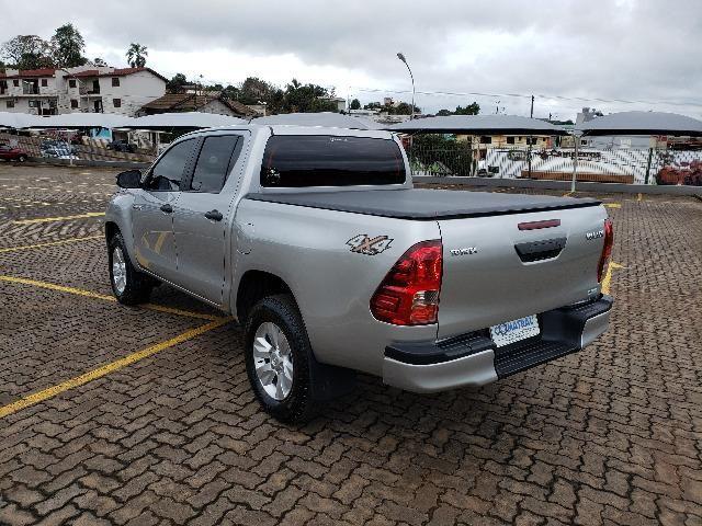 Toyota Hilux STD 2.8TDi 4x4 - Foto 6