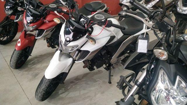 Fazer 250cc 2018/troco por moto menor valor/em até 48x no carnê/36x no cartão de crédito - Foto 3