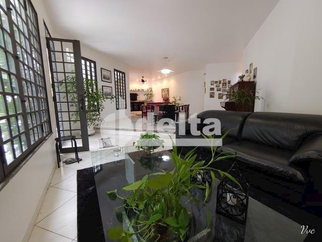 Casa à venda com 3 dormitórios em Jardim karaíba, Uberlândia cod:33979 - Foto 2