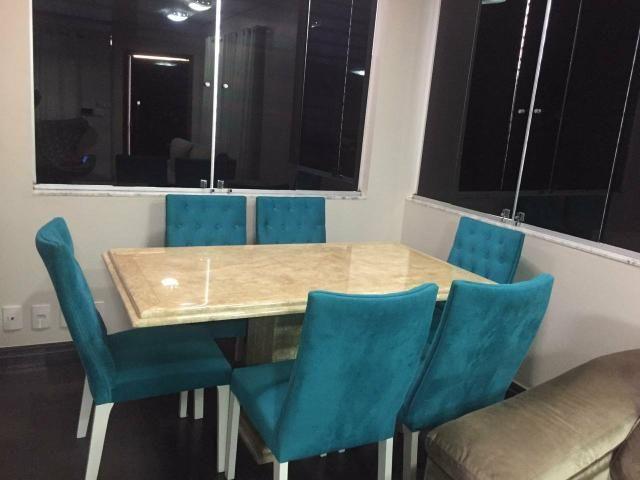 Mesa 1,60 x 90cm com 6 cadeiras capitonê, alto padrão