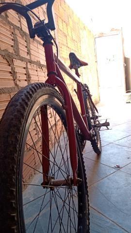 Vendo ou troco bike valor negociável