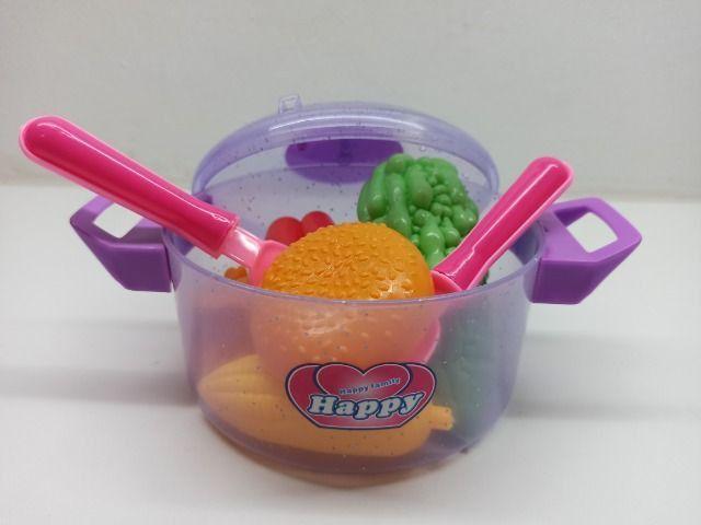 Panelinha Infantil Happy Family Cozinha Talheres E Frutinhas - Foto 4