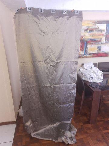 Cortina em tecido linda, nova e grande - Foto 2