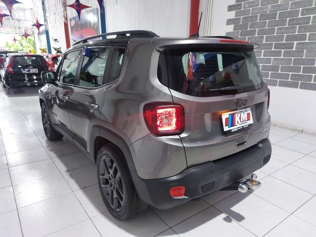 Renegade Limited 2019 - Foto 5