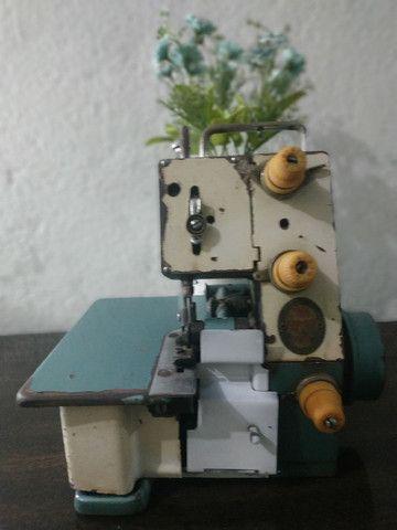 Máquina Overloque portátil