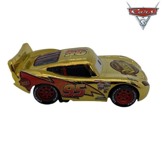 Mcqueen Dourado Filme Carros Disney Mattel Miniatura Mcqueen 1:55 - Foto 5