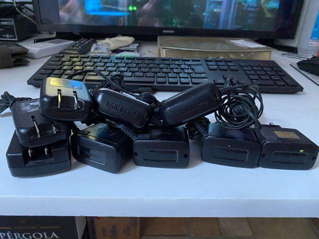 9 carregadores de celular