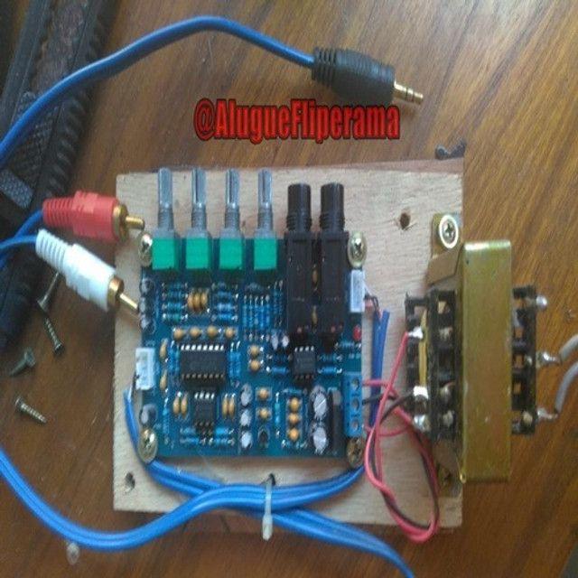 Pré Amplificador Microfone Karaokê De Eco Reverberação - Foto 4