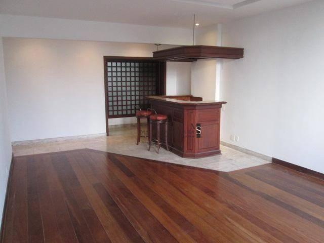Apartamento com 3 dormitórios para alugar, 130 m² por R$ 3.700/mês - Laranjeiras - Rio de  - Foto 2