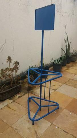 Expositor de Garrafões