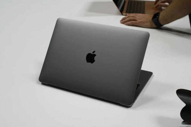 MacBook Air ( Teal Retina + Touch ID ) - Foto 3