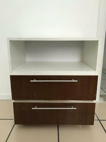 Lindos armários com gavetas e rodinhas - Foto 2