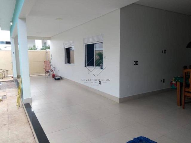Casa no Condomínio Alphaville I, com 382 m² - 05 Suítes I Locação I Mobiliada - Foto 4