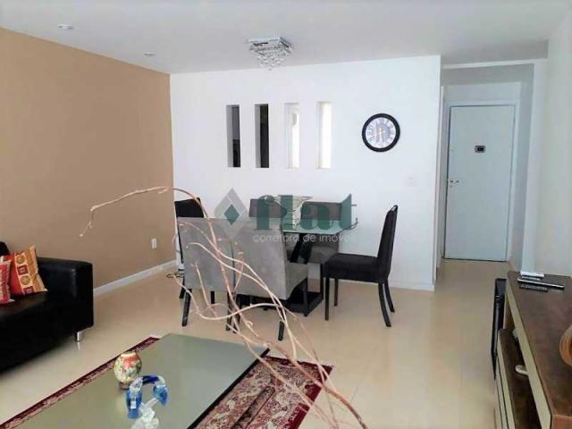 Apartamento à venda com 2 dormitórios cod:FLAP20066