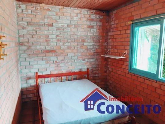 C98 - Bela residência em ótima localização - Foto 12