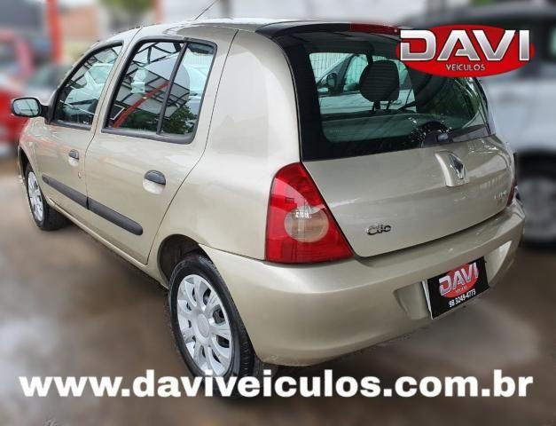 RENAULT CLIO 2011/2011 1.0 16V FLEX 4P MANUAL - Foto 4