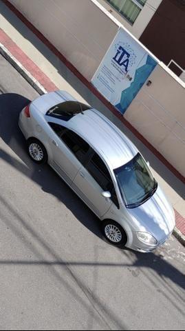 Fiat Linea 2009 Aceito moto PCX Nmax Biz - Foto 8