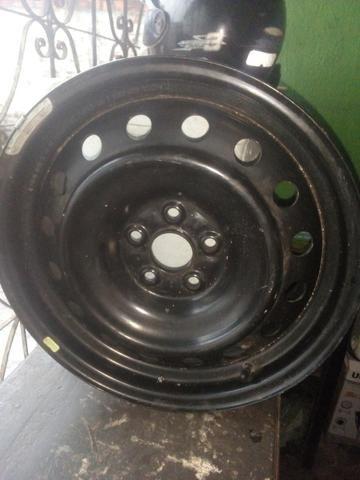 Vendo uma roda 50 reais - Foto 4