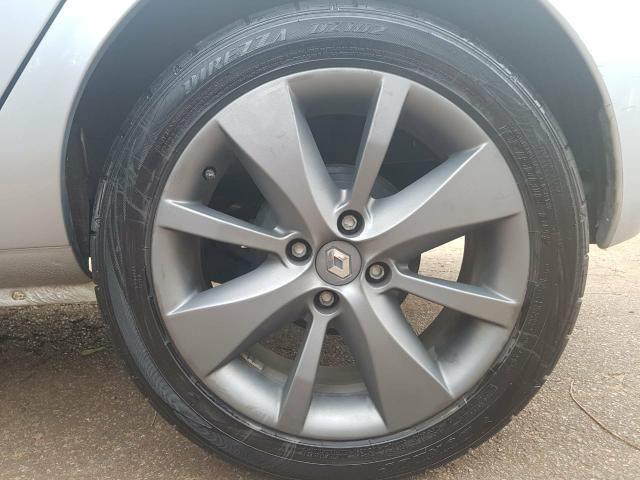 Clio Hatch Privilege 1.6 16V 4P HiFlex - Foto 14