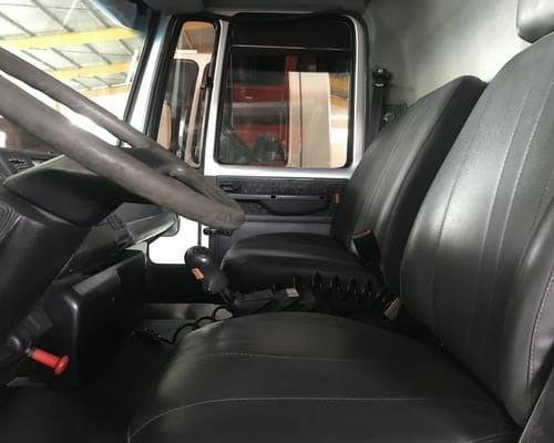 Ford Cargo 1317E 2011 - Foto 3