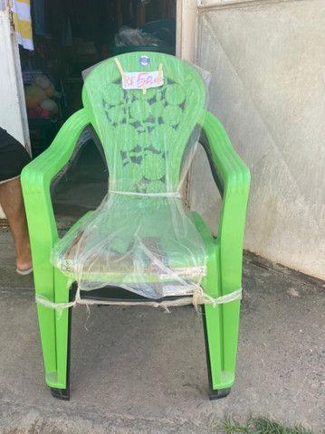 Cadeiras novas