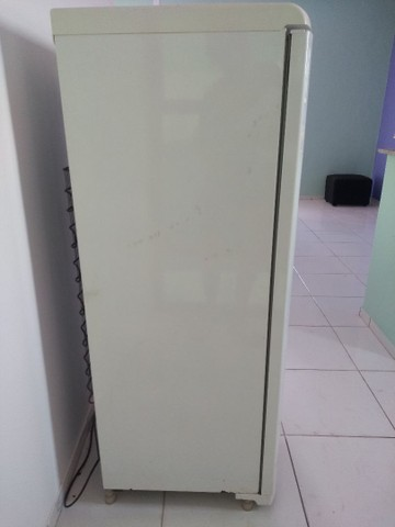 Vendo urgente geladeira - Foto 3