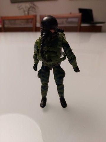 Boneco Batedor Anti Fogo Comandos em Ação - Foto 6