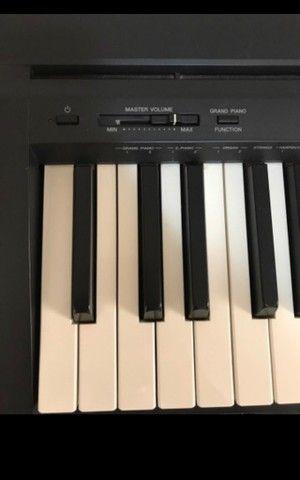 Piano eletrônico P-35 - Foto 4