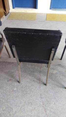 Cadeiras com base fixa - Foto 4