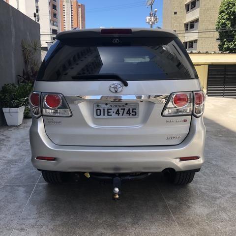 Toyota Hilux Sw4 SRV 3.0 4x4 2012 Blindada - Foto 3