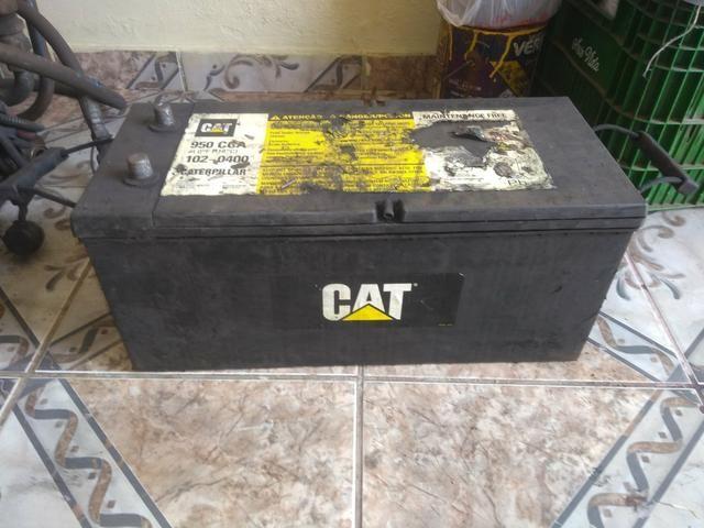 Bateria CAT usada 100 Ampére 4 meses de uso - Foto 3