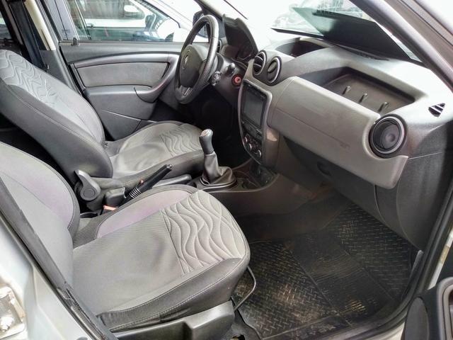 Oferta imperdível !! Duster 1.6 com GNV já estalado carro muito novo - Foto 7