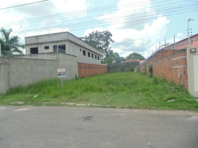 Vende-se terreno (em Bairro Nobre e com o menor valor por m2 da região) - Foto 2