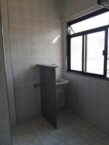 Apartamento em Irajá, [Excelente Estado], 02 Quartos, Sala, Garagem etc - Foto 6