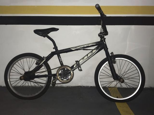 Bicicleta BH Shark usada