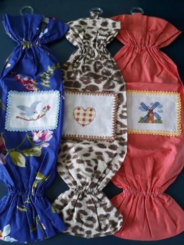 Puxa saco decorativo bordado ponto cruz