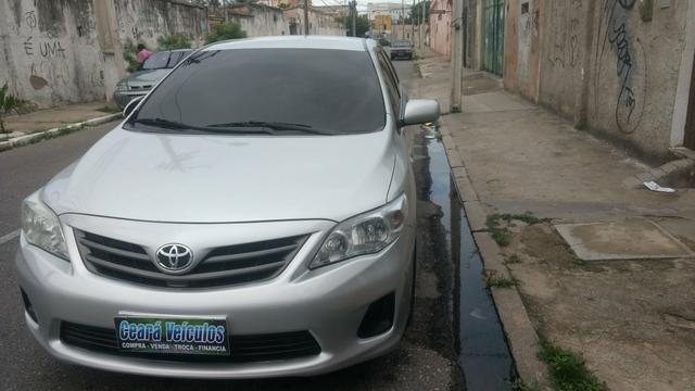 Toyota Corolla 1.8 GLI 2012 AUT extra! banco de couro, aceito motos e carros menor valor