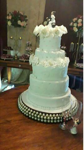 5608f13b8 Promoção bolo de casamento barato - Serviços - São Cristóvão ...