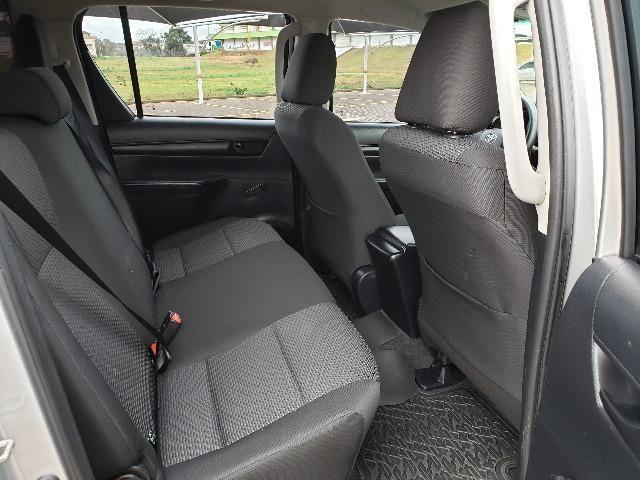 Toyota Hilux STD 2.8TDi 4x4 - Foto 11