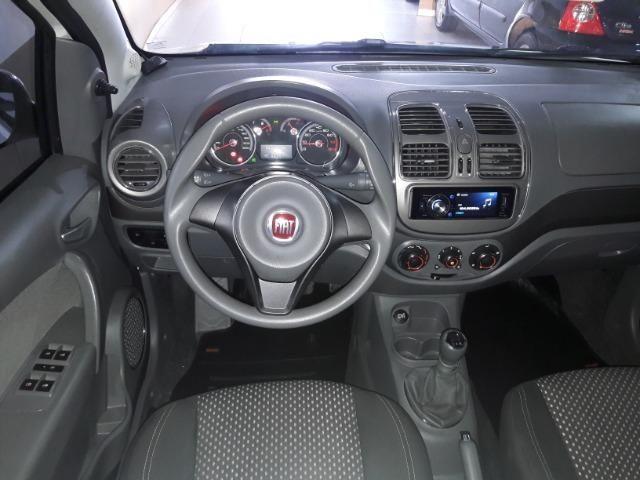 Grand siena essence 1.6 ano 2015 placa i completo roda de liga som usb air bag abs - Foto 2