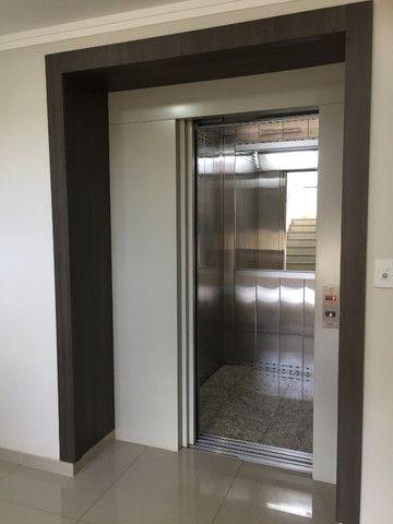 Apartamento cobertura,02 suites sendo 01 suite c/ closet ,Região do Lago,Cascavel -PR - Foto 4