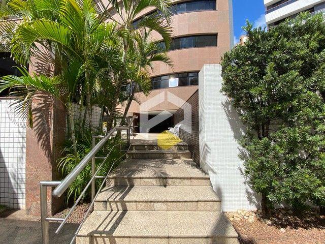 Apartamento para venda possui 211 metros quadrados com 3 quartos em Meireles - Foto 2