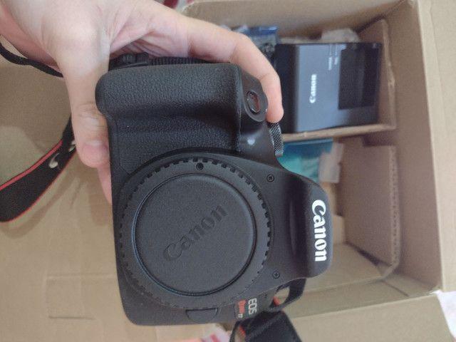 Câmera EOS REBEL T7+ CANON