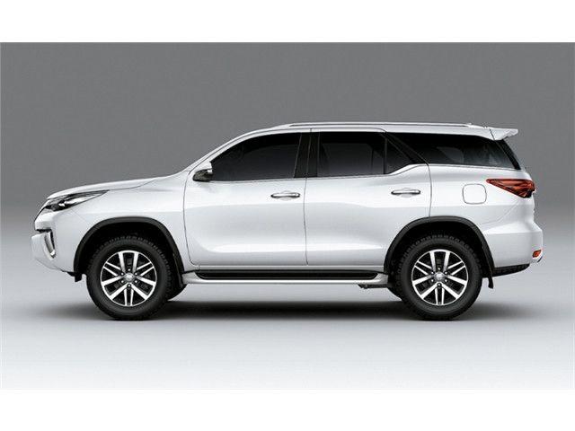 Toyota Hilux sw4 2021 2.8 d-4d turbo diesel srx 7l 4x4 automático - Foto 4