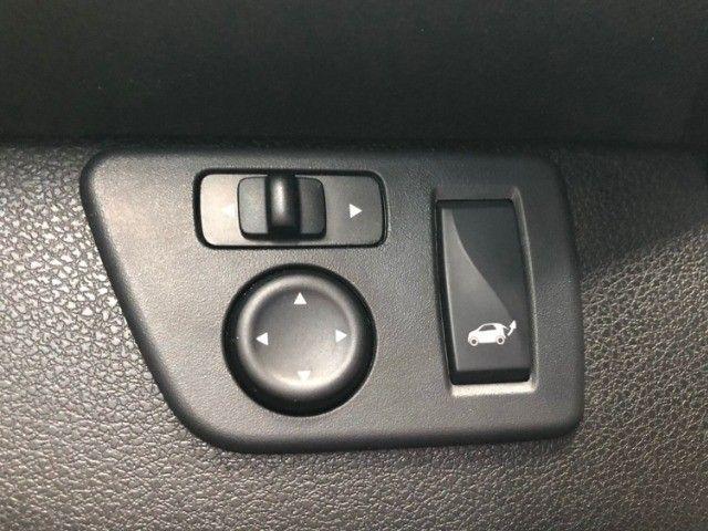 Renault Kwid 1.0 Intense Laranja Ano 2018 - Foto 17