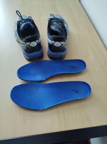 Tênis de Corrida Mizuno Creation Prata com Azul  / tamanho 42 100% Original - Foto 5
